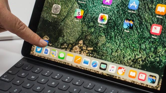 Sắp xếp lại màn hình iOS 11 - Ảnh bởi Taylor Martin/CNET
