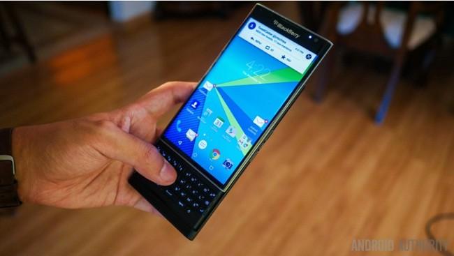 BlackBerry Priv chắc chắn sẽ không được cập nhật Android Nougat (ảnh: Android Authority)