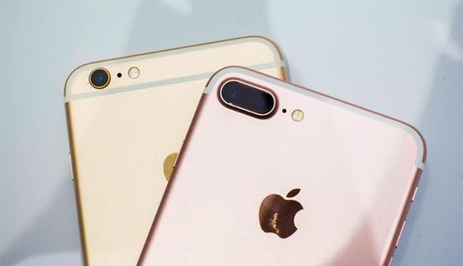 iPhone 7 và 7 Plus được tiết lộ năm ngoái (ảnh: Cnet)