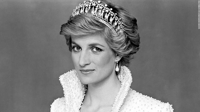 Công nương Diana (ảnh: Bright Side)