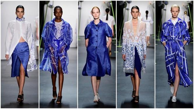 Một số thiết kế của huyền thoại thời trang Hàn Quốc Lie Sang Bong