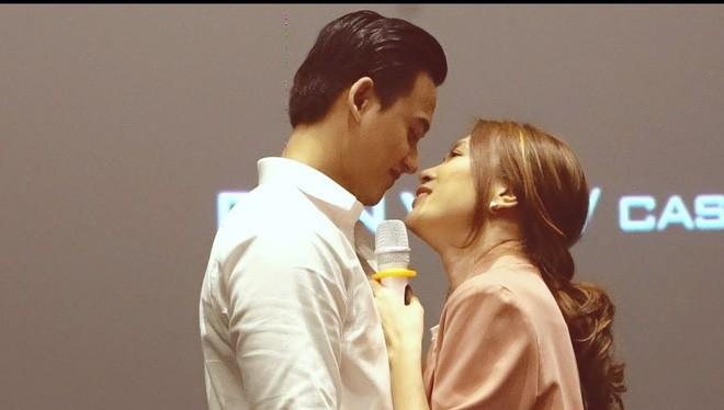 """Mỹ Tâm - Mai Tài Phến, lại thêm một cặp đôi """"phim giả tình thật""""?"""