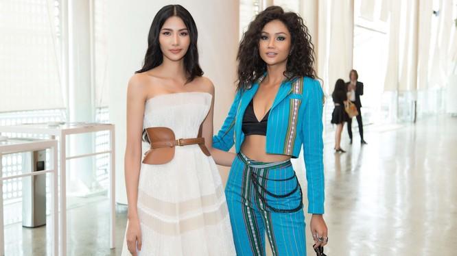 Hoa hậu H' Hen Niê và á hậu Hoàng Thùy cùng tỏa sáng