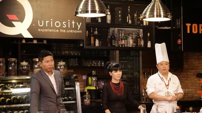 Các giám khảo Dương Huy Khải, Trịnh Diễm Vy và Jack Lee