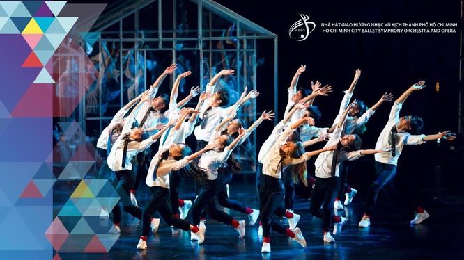 """Vở múa đương đại """"Mùa xuân thiêng liêng"""" sẽ đến với khán giả tối 14/9 tại Nhà hát TP.HCM"""