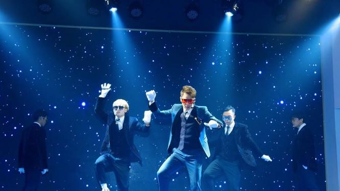 Bản audio chưa kịp nguội, Chu Bin đã chiêu đãi fan bản MV dance