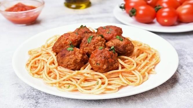 Chỉ nên thưởng thức món mỳ Ý thịt viên nếu hệ tiêu hóa thực sự khỏe mạnh
