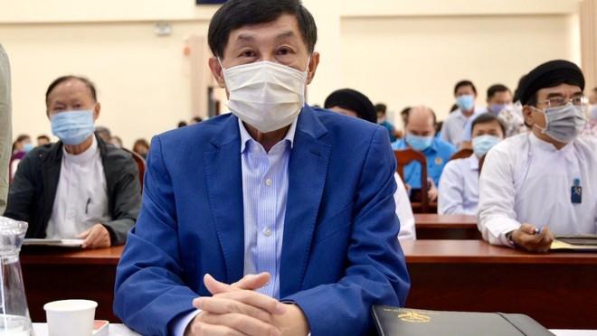Ông Johnathan Hạnh Nguyễn tại buổi trao tặng ngày 20/3 (Ảnh: TT)