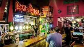 Quán bar Buddah (quận 2) là tụ điểm vui chơi, giải trí rất đông khách nước ngoài (Ảnh: Buddah)