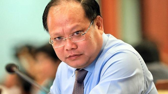 Ông Tất Thành Cang tại cuộc họp HĐND TP.HCM hồi tháng 4/2019. Ảnh: Hữu Khoa.