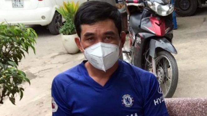 Đối tượng Phan Thanh Hùng bị bắt khẩn cấp vì tổ chức đón người nhập cảnh trái phép qua biên giới (Ảnh: CAHS).