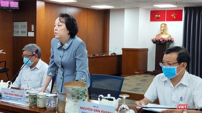 Bà Phạm Khánh Phong Lan, Trưởng ban Ban Quản lý An toàn thực phẩm TP.HCM (Ảnh: Hoà Bình)