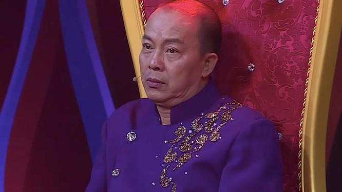 NSƯT Đức Hải vừa nhận quyết định miễn nhiệm chức vụ Hiệu phó Trường CĐ Văn hoá nghệ thuật và Du lịch Sài Gòn (Ảnh: FBNV)