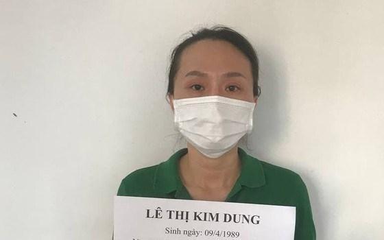 Đối tượng Lê Thị Kim Dung bị khởi tố vì tổ chức tiêm vaccine COVID-19 trái phép. Ảnh CAHS cung cấp