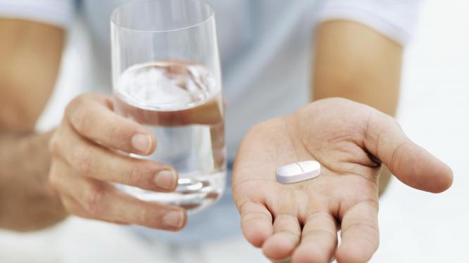 Sốt xuất huyết vào mùa, Bộ Y tế yêu cầu các đơn vị phải đảm bảo đủ thuốc để điều trị và phòng bệnh.