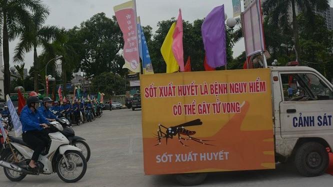 Biểu ngữ về phòng, chống bệnh sốt xuất huyết tại Hà Nội (Ảnh: Sở Y tế Hà Nội)