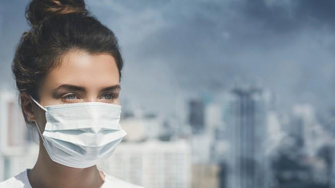 Chăm sóc da cũng là một cách bảo vệ cơ thể trước những tác hại xấu của ô nhiễm không khí (Ảnh: Internet)