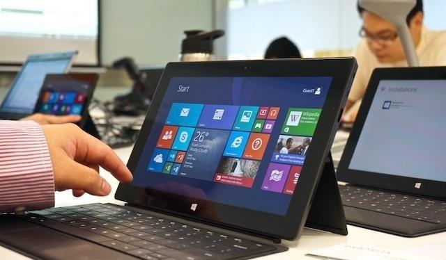 """8 lỗi thường gặp """"giết"""" laptop"""
