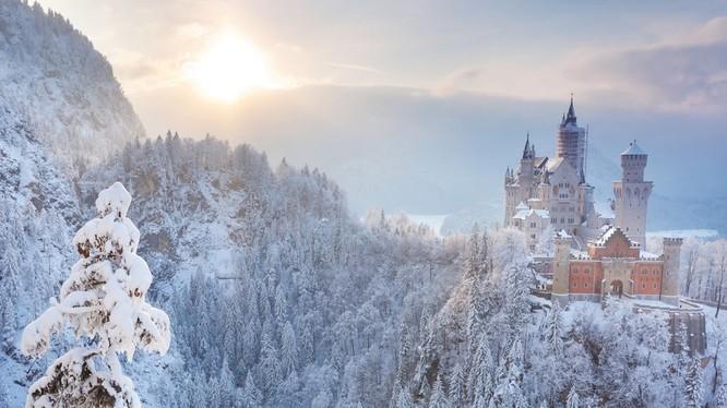 Ngắm những lâu đài bạc đầu trong tuyết