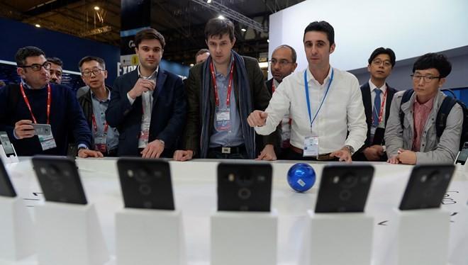 Cuốn hút hội chợ thiết bị di động quốc tế 2016 tại Barcelona