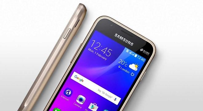 Samsung 'trình làng' smartphone siêu rẻ Galaxy J1 Mini