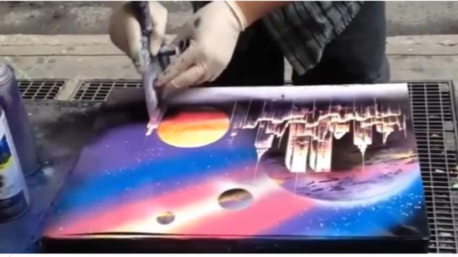 Video: Tròn mắt xem tác phẩm nghệ thuật vẽ trên vỉa hè