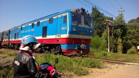Ám ảnh TNGT đường sắt nhìn từ khoang lái tàu