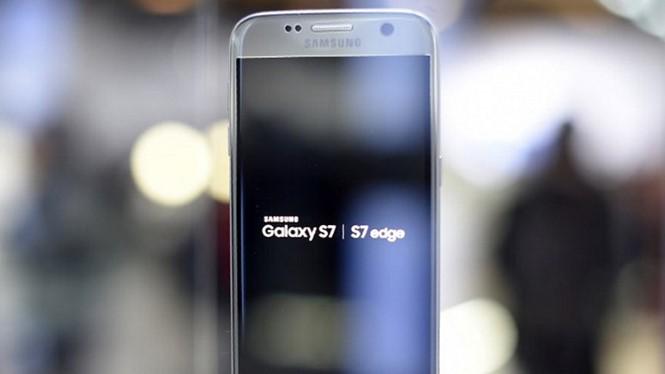Galaxy S7 là mẫu smartphone mới nhất của Samsung - Ảnh: AFP