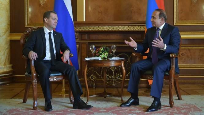 Nga sẵn sàng hỗ trợ giải quyết vấn đề xung đột Karabakh