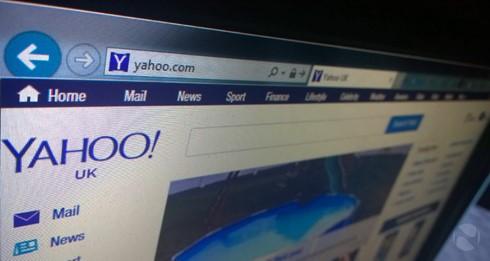Yahoo đang gặp khó, sắp phải bán mình