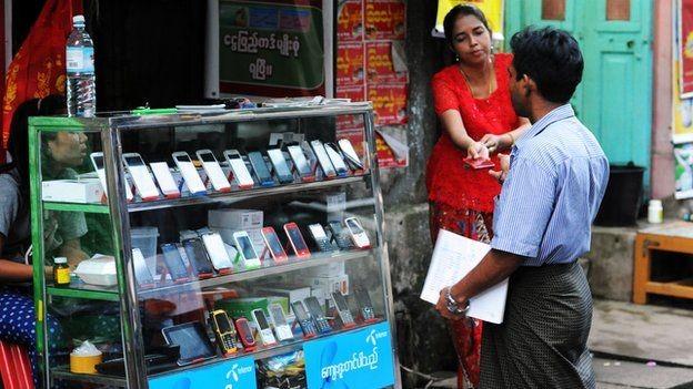 Với sự xuất hiện của Viettel, cuộc chiến giành thị phần viễn thông tại Myanmar hứa hẹn còn khốc liệt hơn nữa trong thời gian tới.