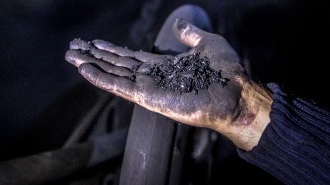 Trung Quốc: Lũ tràn hầm mỏ, 11 người mất tích