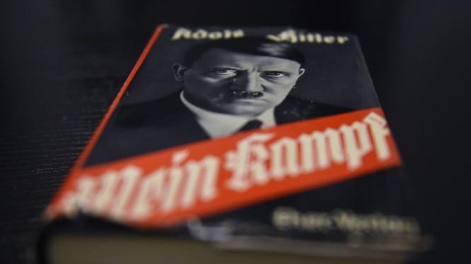 Đức sắp đưa sách của Hitler vào chương trình học?