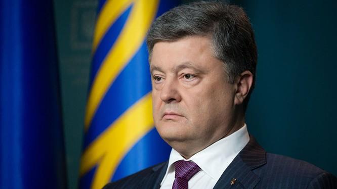 Poroshenko kêu gọi tăng cường trừng phạt chống Nga