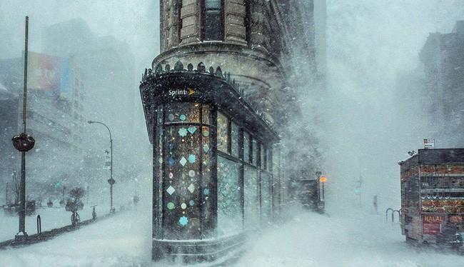 1. Jonas Blizzard And The Flatiron Building, New York, United States - Tác giả: Michele Palazzo