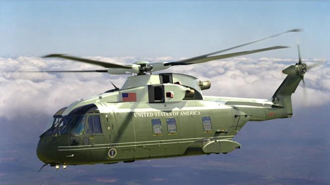 Video: Cận cảnh Siêu trực thăng hộ tống Tổng thống Mỹ từ sân bay về trung tâm Hà Nội