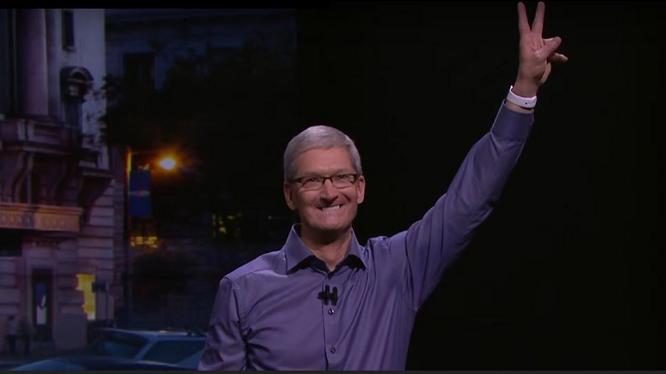 CEO Apple nhận giá bán iPhone quá cao