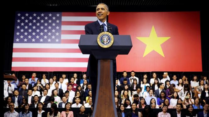 Ai giúp Tổng thống Obama viết diễn văn xúc động tại Việt Nam?