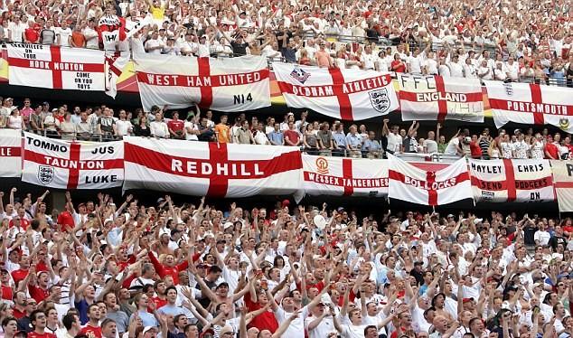 Người hâm mộ tuyển Anh có thể bị tấn công khi sang Pháp xem Euro