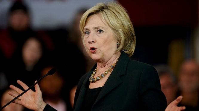 Ứng viên Clinton tuyên bố sẽ cứng rắn với Nga và Trung Quốc