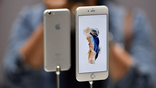 Nếu iPhone 6S Plus 16 GB được sản xuất hoàn toàn tại Mỹ, giá vào khoảng 849 USD