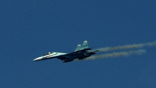 Tiêm kích Su-30MK2 đang bay huấn luyện