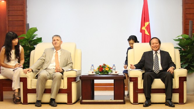Bộ trưởng Trương Minh Tuấn tiếp Tổng Giám đốc Ericsson Việt Nam và Myanmar