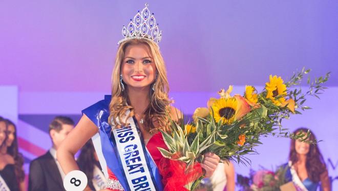 Người đẹp Zara Holland khi đăng quang