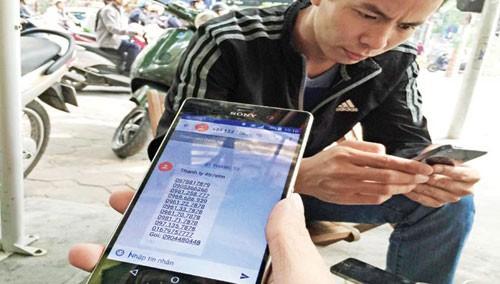Lãnh đạo Sở TT&TT Hà Nội đề nghị các doanh nghiệp cung cấp dịch vụ viễn thông báo cáo kết quả thực hiện tạm ngừng cung cấp dịch vụ đối với 104 số điện thoại quảng cáo, rao vặt sai quy định gửi về Sở trước ngày 5/7/2016.