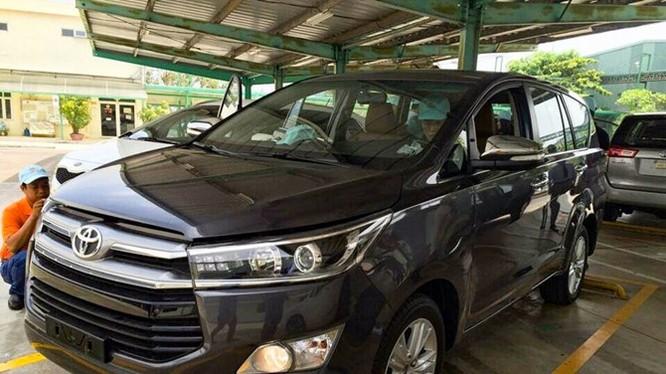 Mục sở thị Toyota Innova 2016 chính hãng tại Việt Nam
