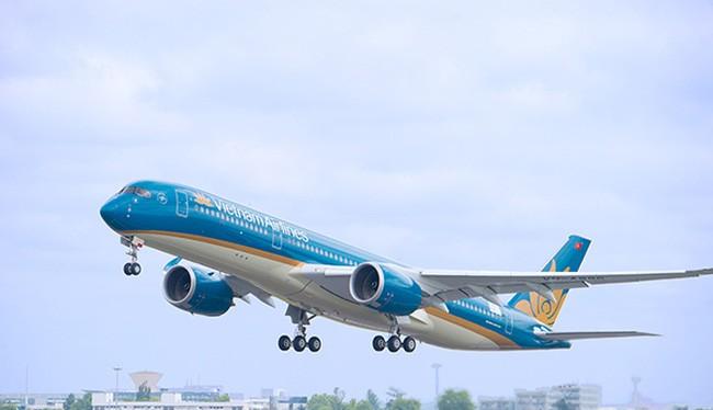 Nhiều máy bay bị ánh sáng laser tác động khi cất-hạ cánh
