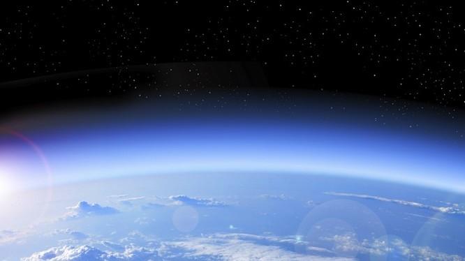 Thông tin về việc tầng Ozon đang lành lại chắc chắn sẽ là một tín hiệu tích cực thúc đẩy thêm những hành động bảo vệ thiên nhiên của con người.