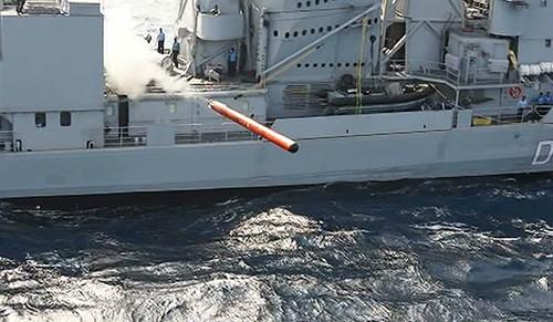 Ngư lôi chống tàu ngầm mới Varunastra.