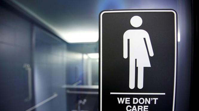 Nhiều tiểu bang đã chất vấn chỉ thị gây tranh cãi của ông Obama về sử dụng nhà vệ sinh của người chuyển giới - Ảnh: Reuters